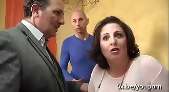 My Friends banged my mom infront of daddy on her birthday party